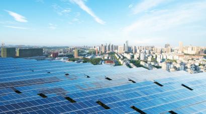 Las ciudades lideran la lucha contra el cambio climático y la transición hacia las renovables