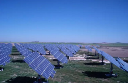 Lightsource bp sigue creciendo en España con la compra de 1 GW a RIC Energy