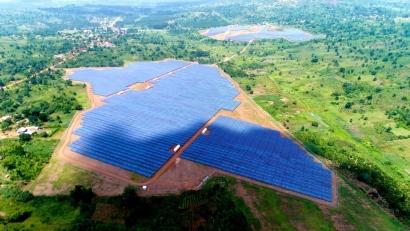 El parque solar más grande de África Oriental y Central lleva la Marca España