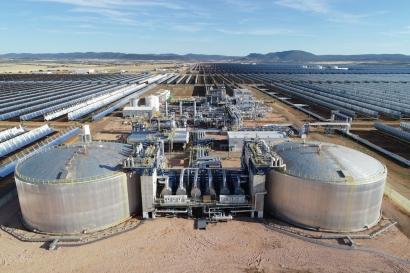 Isover colabora con Saeta Yield para mejorar la eficiencia energética en plantas termosolares