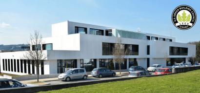 II premios Acluxega: una multinacional y una cooperativa de viviendas