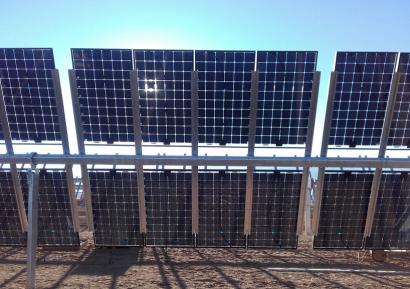Soltec firma un acuerdo marco con Acciona Energía para suministrarle sus seguidores solares
