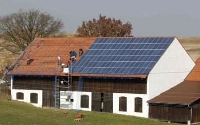 El Parlamento Europeo señala el principio del fin del impuesto al Sol