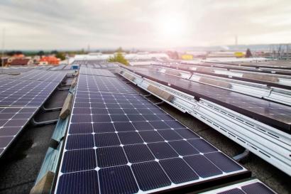 Škoda apuesta por el autoconsumo solar fotovoltaico en su Centro de Servicio de la República Checa