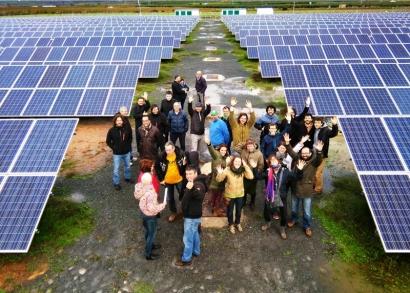 Los socios de Som Energia ya han aportado el 90% de los fondos necesarios para poner en marcha otra huerta solar