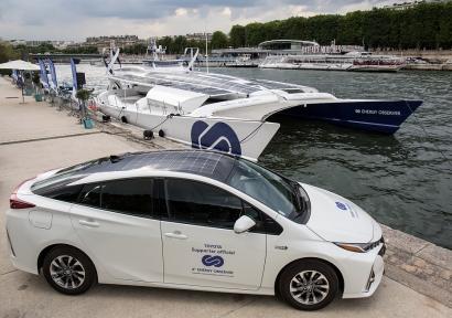 El primer barco movido solo por hidrógeno renovable da la vuelta al mundo