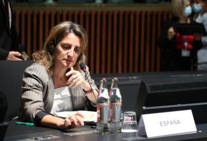 """España pide en Bruselas """"medidas extraordinarias"""" para frenar la escalada del precio de la luz"""