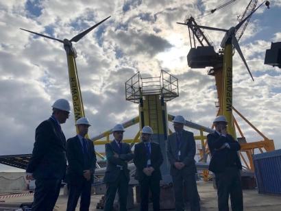 Canarias presenta la primera plataforma eólica flotante de dos turbinas made in Spain