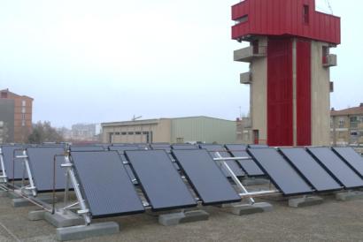 La primera instalación con paneles solares híbridos en un edificio público presenta resultados