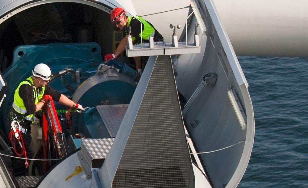 Los maestros de la eólica marina vasca atraen estudiantes de todo el mundo
