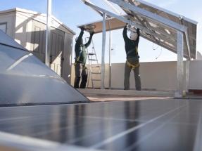 Solo 364 municipios de más de 10.000 habitantes ofrecen descuentos en el IBI a quienes instalan placas solares para autoconsumo