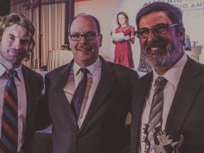 El Príncipe Alberto de Mónaco entrega a Acciona el Premio Nacional de Medio Ambiente de Chile