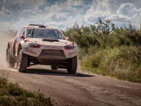 Los vehículos que participan en el Rally Dakar gastan una media de 25 litros por cada 100 kilómetros recorridos
