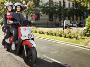 Acciona pone en servicio una flota de más de mil motos eléctricas