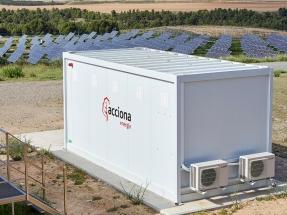 Acciona almacena la energía solar que produce en su parque fotovoltaico de Tudela en baterías recicladas de vehículos eléctricos