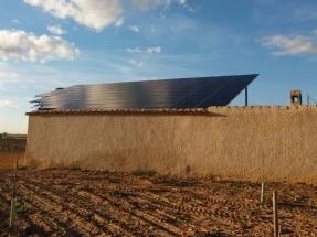 ¿Qué hay que saber a la hora de instalar sobre el tejado unas placas solares para autoconsumo?