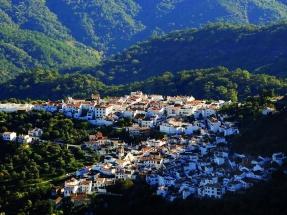 La Diputación de Málaga pondrá en marcha 9 instalaciones solares para autoconsumo en tres municipios de la Serranía de Ronda