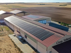 Otra cooperativa del campo que pone en marcha una instalación de producción de energía solar para autoconsumo
