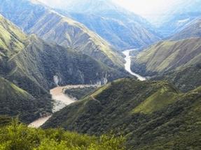 Las grietas aparecidas en una megapresa financiada por BBVA y Santander obligan al Gobierno de Colombia a decretar la alerta roja