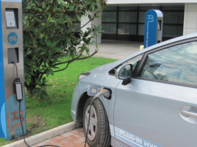La CNMC aprueba la futura normativa que regulará los puntos de recarga del coche eléctrico