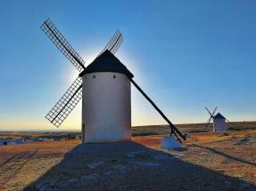 Castilla La Mancha subvencionará instalaciones solares fotovoltaicas con baterías con conexión a red