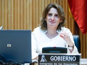 El Gobierno apuesta por la movilidad sostenible, la eficiencia energética y las renovables para salir de la crisis