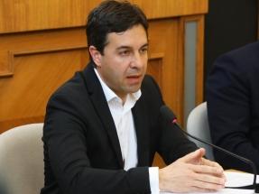 """Alicante promueve la constitución de comunidades energéticas locales """"para paliar la descomunal subida del precio de la luz"""""""