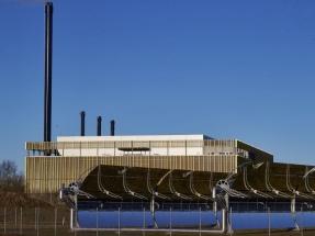 Dinamarca inaugura una red de climatización y electricidad con termosolar y biomasa