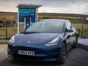La energía de las mareas empieza a cargar vehículos eléctricos en Escocia