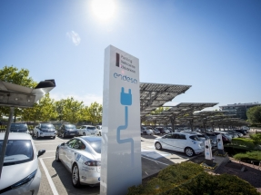 Más de 500 empleados de Endesa conducen ya su propio coche eléctrico