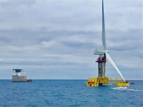 El primer aerogenerador marino de España ya está en las aguas de la Plataforma Oceánica de Canarias