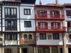 El Gobierno Vasco asigna a las entidades locales 100 millones de euros para medidas de ahorro, eficiencia y renovables