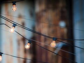 Un estudio de la asociación de consumidores Facua sitúa la luz en 2020 como la más barata de la década