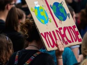 """La Fundación Renovables recibe """"con decepción"""" la Ley de Cambio de Climático"""