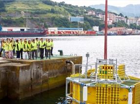 Euskadi bota el primer laboratorio flotante de Europa para ensayos de dispositivos de aprovechamiento de las energías marinas