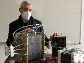 La batería española de hidrógeno doméstico que cogenera la electricidad y el calor de casa