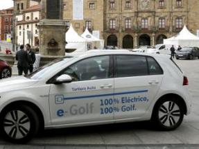 Solo el 0,18% de los coches que circulan por España son de emisiones cero