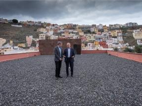 La isla de La Gomera apuesta por el autoconsumo con baterías en su ruta hacia el 100% Sostenible