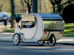 Evovelo presenta en Málaga su triciclo electrosolar
