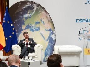 El Gobierno del impuesto al Sol quiere liderar ahorala transición energética