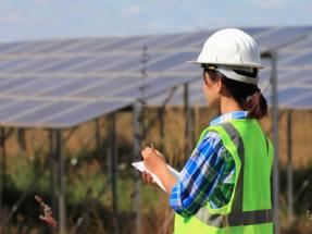 Operador/a de energías renovables, entre los perfiles más demandados del sector energético para este año