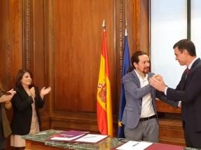 """Esto es todo lo que dice de energía el """"Programa de Coalición Progresista"""" que han firmado PSOE y Podemos"""