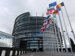 El Parlamento Europeo pide más ambición a la Comisión para combatir el cambio climático