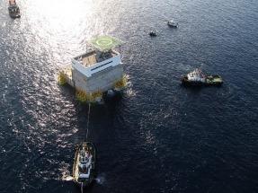 La Plataforma Oceánica de Canarias ocupa su ubicación definitiva