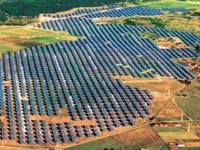 Cae la inversión un 17%, pero las renovables instalarán este año la misma potencia o más que en 2016