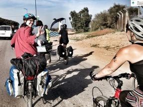 Cincuenta ciclistas recorren 1.800 kilómetros para pedirle a Rajoy una Ley de Cambio Climático