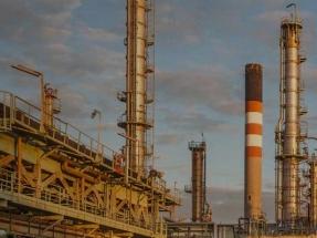 La refinería de Repsol en A Coruña produce su primer lote de hidrobiodiésel a partir de aceites de cocina usados
