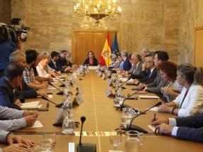 La Xunta critica la falta de propuestas del Gobierno con respecto al cierre de As Pontes