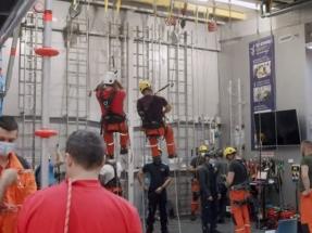 Del fondo de una mina a la cima de un aerogenerador