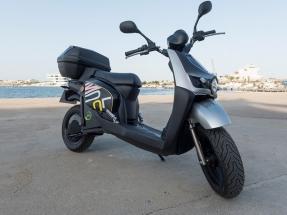 Molo: moto, eléctrica, compartida, previa suscripción en plataforma digital, en Valencia